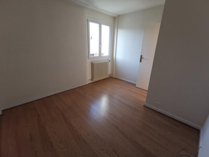 Location Appartement 3 pièces Saint-Georges-sur-Baulche (89000) - ST GEORGES SUR BAULCHE