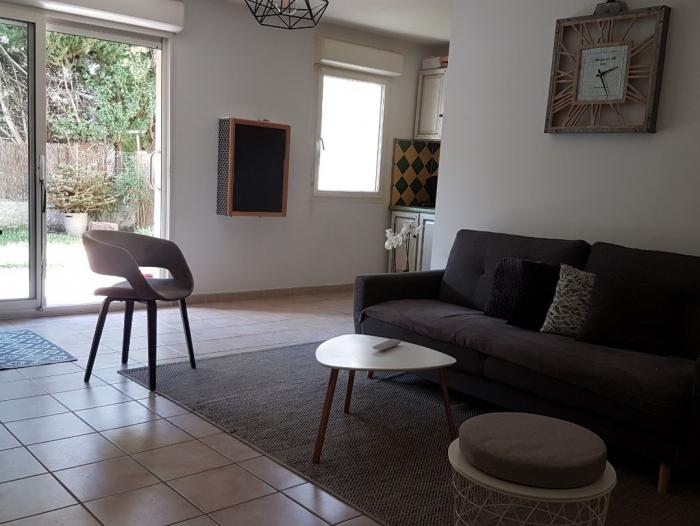 Location Appartement avec terrasse 3 pièces L'Isle-sur-la-Sorgue (84800) - rez-de-chaussée