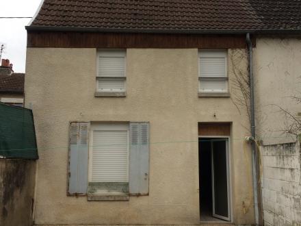 Location Maison 4 pièces Cosne-Cours-sur-Loire (58200) - proche gare