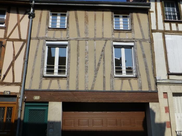 Location Appartement rénové 1 pièces Châlons-en-Champagne (51000) - Arquebuse