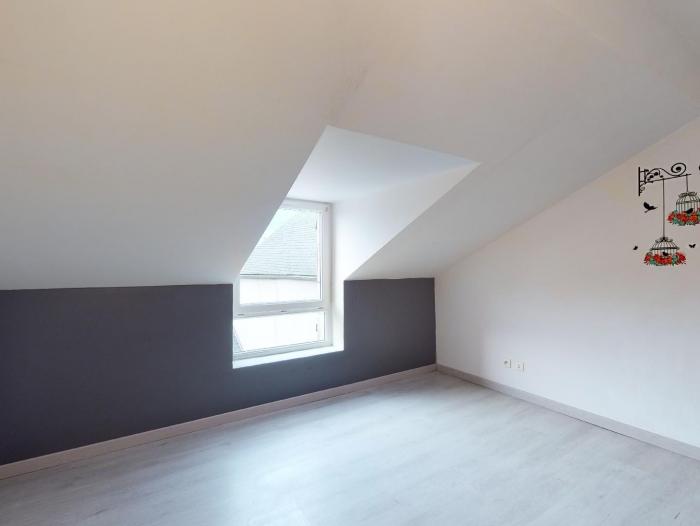 Location Appartement 3 pièces Cosne-Cours-sur-Loire (58200) - Centre-ville