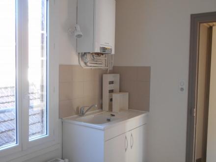 Location Maison 3 pièces Cosne-Cours-sur-Loire (58200) - Centre-ville
