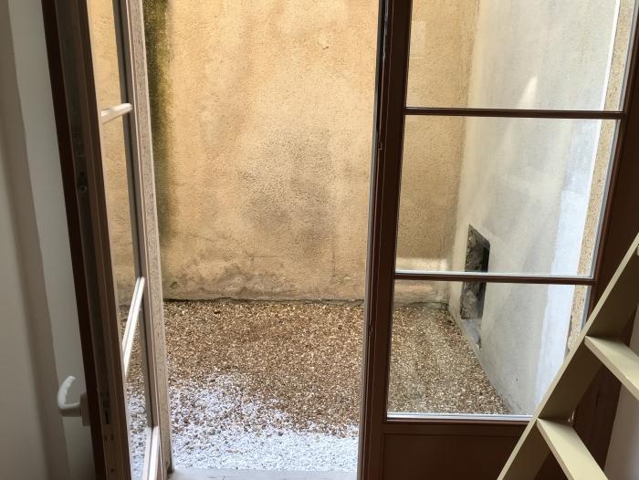 Location Appartement 0 pièces Chartres  () - centre ville