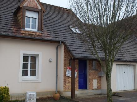 Location Maison 4 pièces Saint-Jean-de-la-Motte (72510)