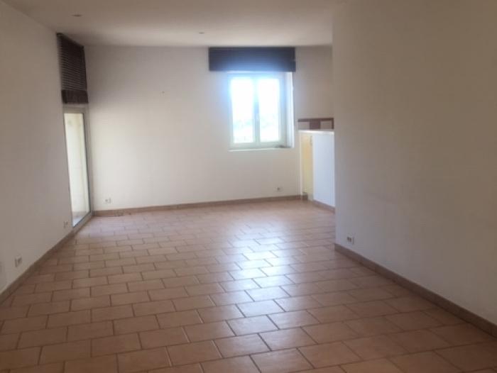 Location Maison 3 pièces Gordes (84220)