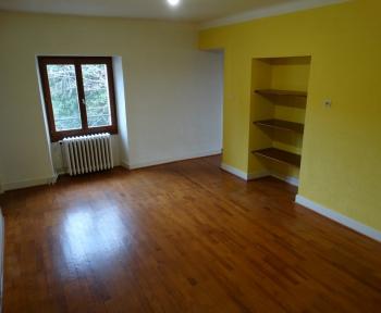 Location Appartement 4 pièces SERGY ()