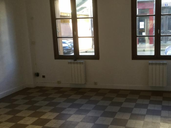Location Appartement 2 pièces Tillières-sur-Avre (27570) - CENTRE VILLE TILLIERES SUR AVRE