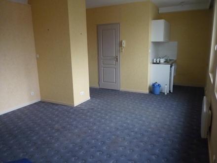 Location Appartement 1 pièces Bléré (37150) - Centre ville