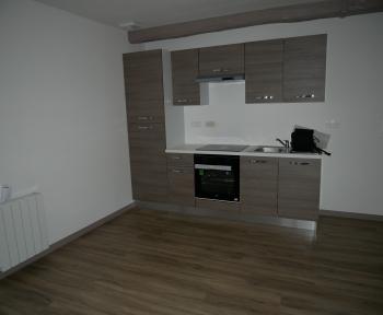 Location Appartement rénové 3 pièces Cérans-Foulletourte (72330)
