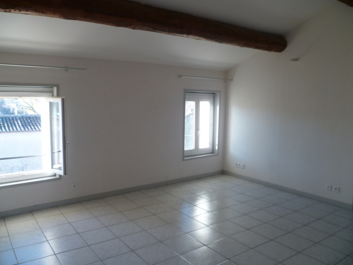 Location Appartement 3 pièces L'Isle-sur-la-Sorgue (84800)