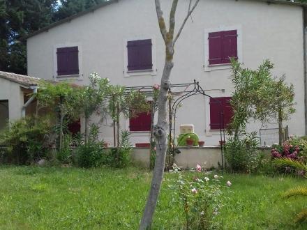 Location Maison avec jardin 4 pièces Caumont-sur-Durance (84510)