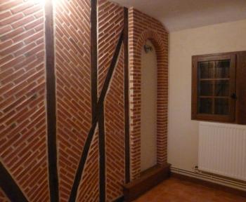 Location Maison 5 pièces  ()