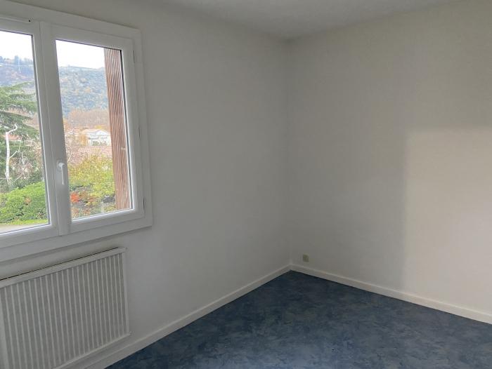 Location Appartement 3 pièces Tournon-sur-Rhône (07300)
