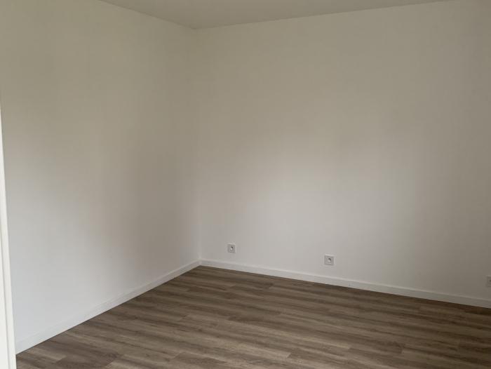 Location Appartement  pièce Maubeuge (59600)