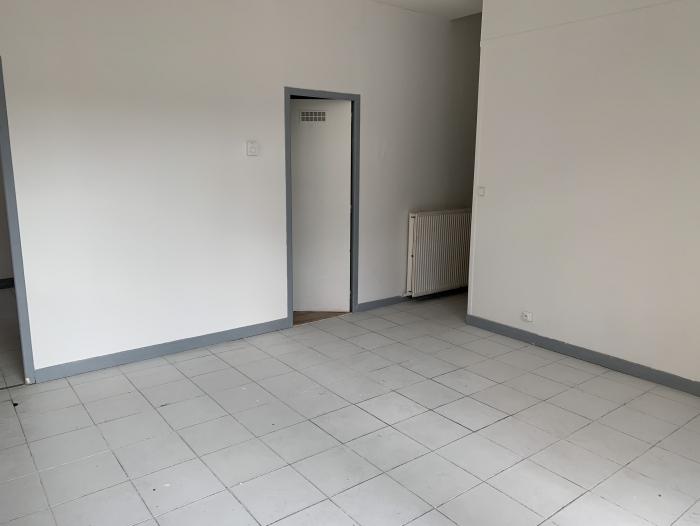 Location Local commercial  pièce Valenciennes (59300)