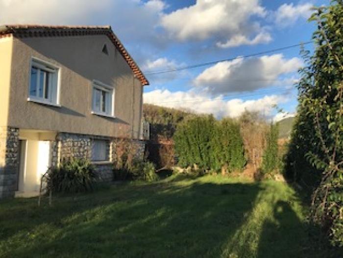 Location Maison 5 pièces Buis-les-Baronnies (26170) - Proche Centre Ville