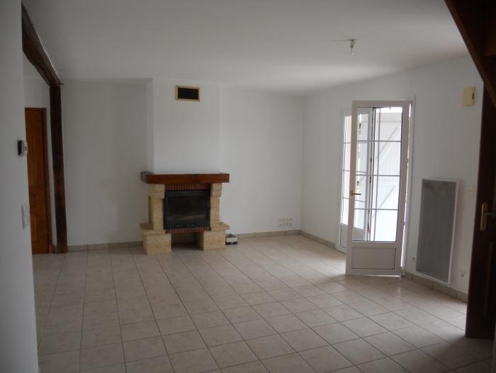 Location Maison avec jardin 5 pièces La Neuville-au-Pont (51800)