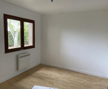 Location Maison 6 pièces Saint-Pierre-du-Mont (40280) - à proximité de Grand Frais