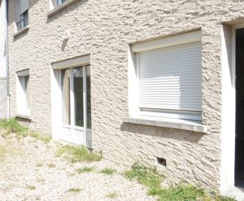 Location Appartement avec terrasse 2 pièces Maulette (78550)