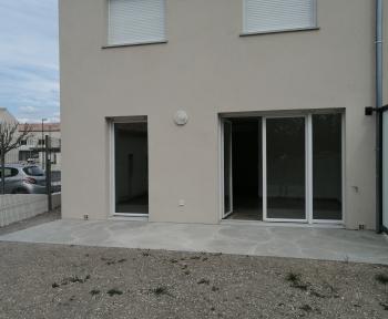 Location Maison 4 pièces L'Isle-sur-la-Sorgue (84800)