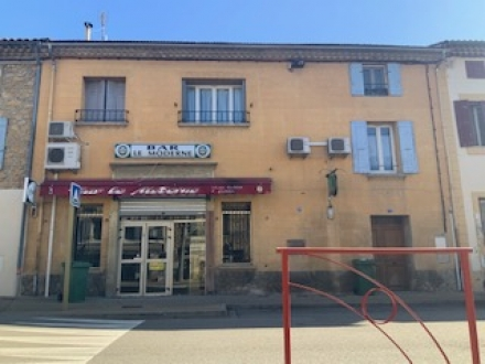 Location Local commercial 4 pièces Jonquières (84150) - CENTRE-VILLE