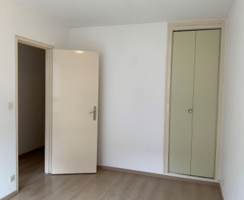 Location Appartement récent 3 pièces Châlons-en-Champagne (51000) - rue de la Croix Milson