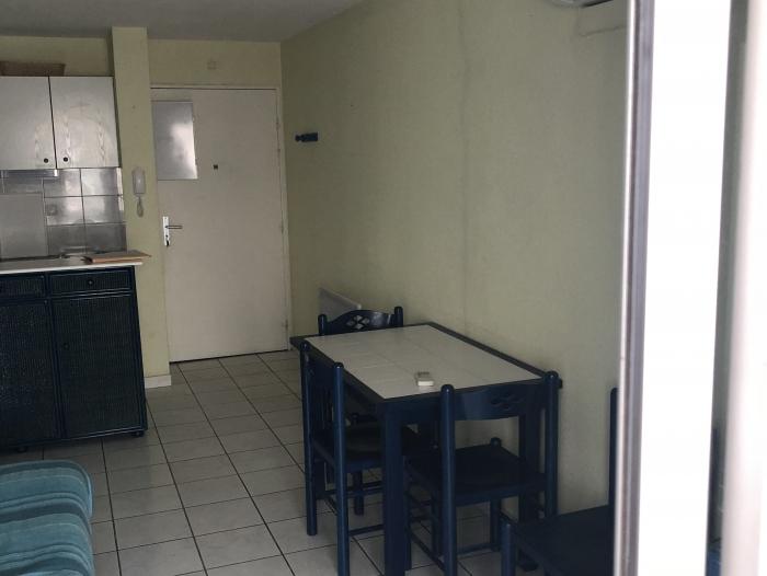 Location Appartement 2 pièces Sète (34200) - quai gare