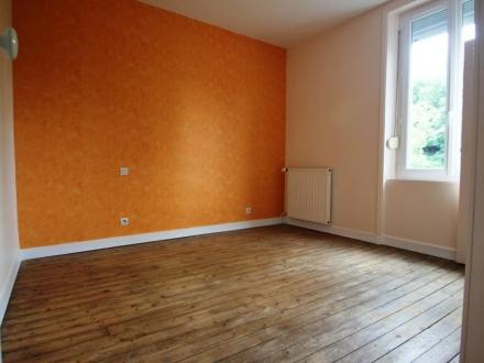 Location Maison 3 pièces Vassy (14410) - bourg