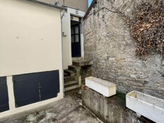 Location Maison de ville 3 pièces Cosne-Cours-sur-Loire (58200)